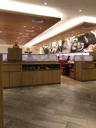 Foto 3 - Interior di Genki Sushi oleh Nanakoot