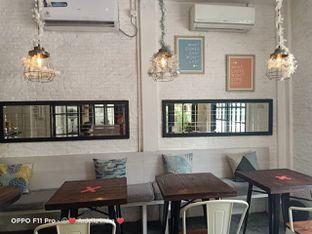Foto 5 - Interior di Jonbon's Coffee & Eatery oleh Ardelia I. Gunawan