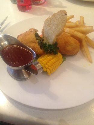 Foto 1 - Makanan(Chicken Roll) di Brussels Spring oleh Hendy William