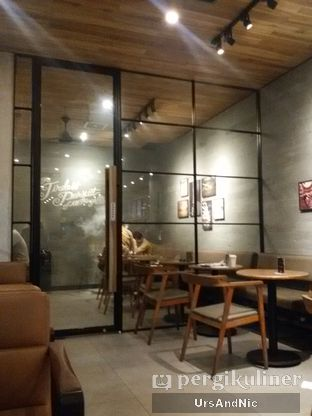 Foto 1 - Interior di Starbucks Coffee oleh UrsAndNic