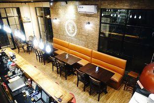 Foto 8 - Interior di Eataly Resto Cafe & Bar oleh iminggie