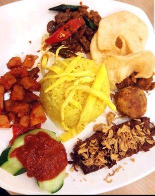 Foto 2 - Makanan di Eng's Resto oleh heiyika
