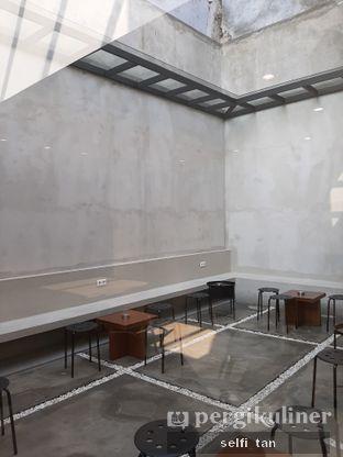 Foto 2 - Interior di Kopi Muja oleh Selfi Tan