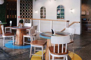 Foto 11 - Interior di Fat Bubble oleh Indra Mulia