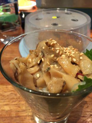 Foto 2 - Makanan di Sushi Groove oleh stphntiya