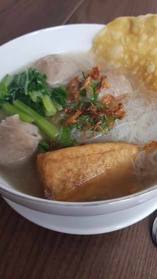 Foto 1 - Makanan di Bakso Lapangan Tembak Senayan oleh kulinerglc