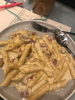 Foto 2 - Makanan(Penne Carbonara) di Visma Coffee oleh snooshi
