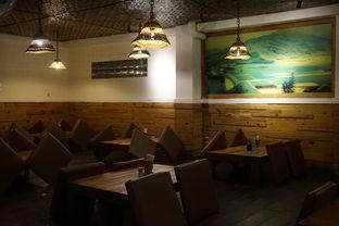 Foto 3 - Interior di Warung Nasi Ampera oleh yudistira ishak abrar