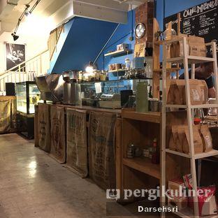 Foto 3 - Interior di San9a Coffee oleh Darsehsri Handayani