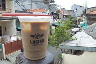 Foto 2 - Makanan(Es Kopi Susu) di Logika Coffee oleh Andreas ( IG : ommakanom )