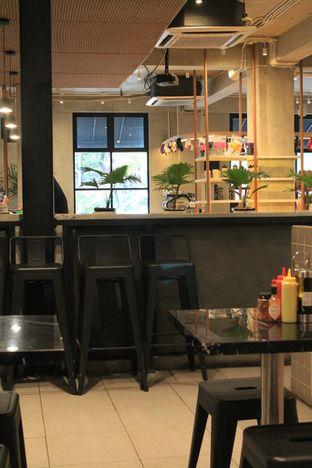 Foto 2 - Interior di Sliced Pizzeria oleh Prido ZH