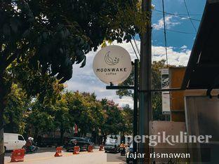 Foto 5 - Interior di Moonwake Coffee oleh Fajar | @tuanngopi