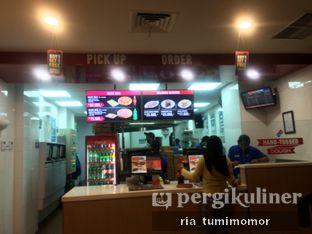 Foto 2 - Interior di Domino's Pizza oleh riamrt