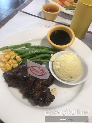 Foto 3 - Makanan di Holycow! STEAKHOUSE by Chef Afit oleh Icong