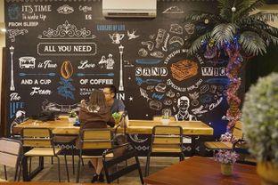 Foto 20 - Interior di Stillwater Coffee & Co oleh yudistira ishak abrar