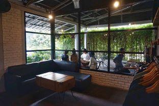 Foto 8 - Interior di Klasik Coffee oleh yudistira ishak abrar