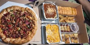 Foto 1 - Makanan di Pizza Hut oleh Devi Renat
