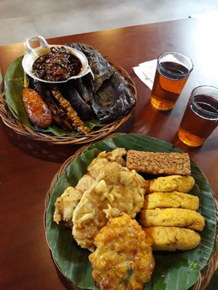 Foto 2 - Makanan di Alas Daun oleh Mouthgasm.jkt
