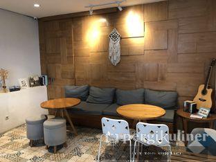 Foto 10 - Interior di Sleepyhead Coffee oleh Oppa Kuliner (@oppakuliner)