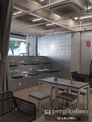 Foto 8 - Interior di Tu7uhari Coffee oleh UrsAndNic