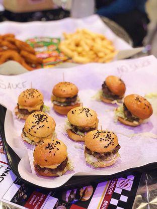 Foto 2 - Makanan di Bruces Burgers oleh Francisca Yusuf