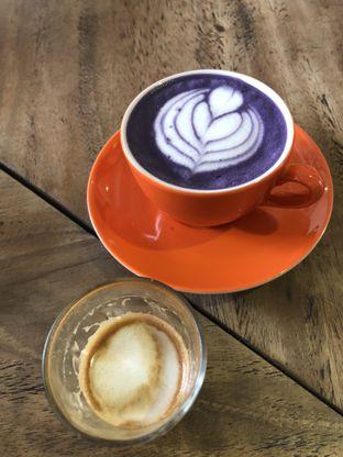 Foto 5 - Makanan di Koultoura Coffee oleh @Sibungbung