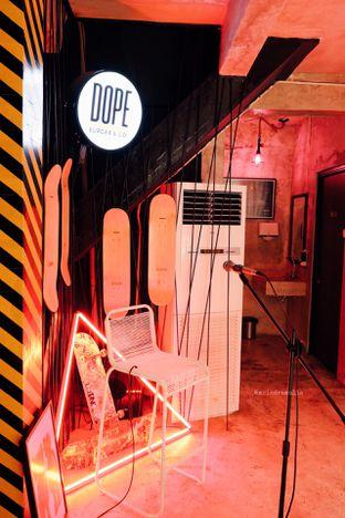 Foto 22 - Interior di Dope Burger & Co. oleh Indra Mulia