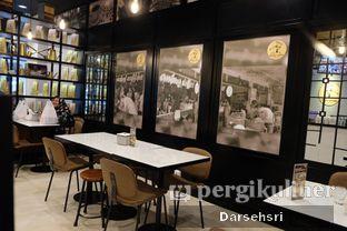 Foto 4 - Interior di Aming Coffee oleh Darsehsri Handayani