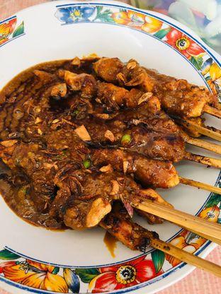 Foto 1 - Makanan di Soto Betawi Globe H. Oji oleh Nadifa Indiartin