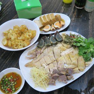 Foto - Makanan di Bubur Ayam Mangga Besar 1 oleh Astrid Wangarry