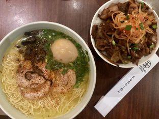 Foto 1 - Makanan di Marutama Ra-men oleh Johan PS @foodnrolla