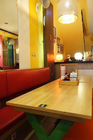 Foto 2 - Interior di Cak Ghofur Seafood oleh iminggie