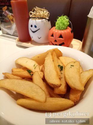 Foto 1 - Makanan di MOS Cafe oleh @NonikJajan