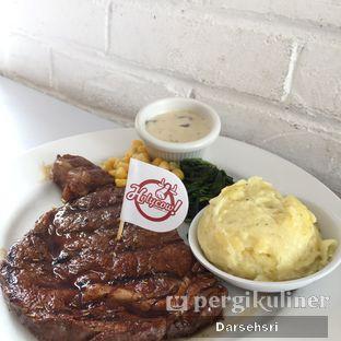 Foto 4 - Makanan(U.S Rib Eye) di Holycow! STEAKHOUSE by Chef Afit oleh Darsehsri Handayani