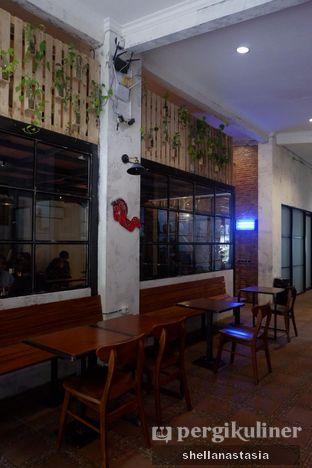 Foto 9 - Interior di Sesepuh Kopi oleh Shella Anastasia
