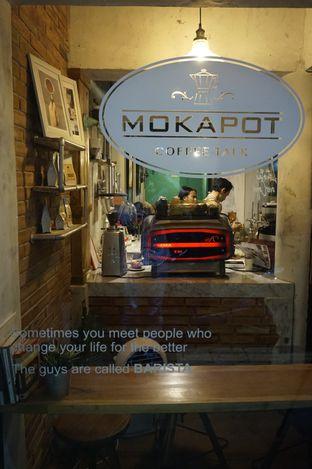 Foto 11 - Interior di Mokapot Coffee Talk oleh yudistira ishak abrar