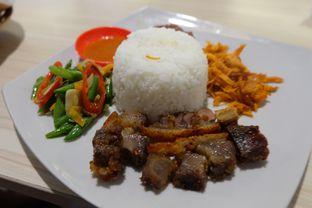 Foto 1 - Makanan(Nasi Campur Ubud) di Little Ubud oleh Yuli    IG: @franzeskayuli