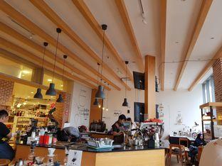 Foto 5 - Interior di Hario Coffee Factory oleh D L