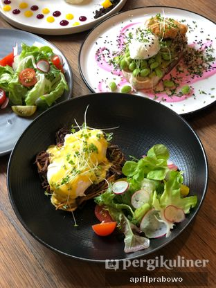 Foto 2 - Makanan di Burns Cafe oleh Cubi