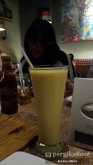 Foto 2 - Makanan di Milan Pizzeria Cafe oleh AndaraNila