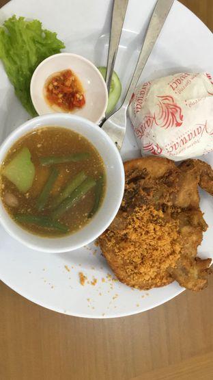 Foto 2 - Makanan di Ayam Goreng Karawaci oleh Theodora