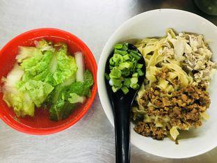 Foto 3 - Makanan di Bakmi Jembatan Tiga oleh Levina JV (IG : levina_eat )