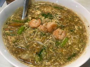 Foto 2 - Makanan di Kwetiau Akang oleh Levina JV (IG : levina_eat )