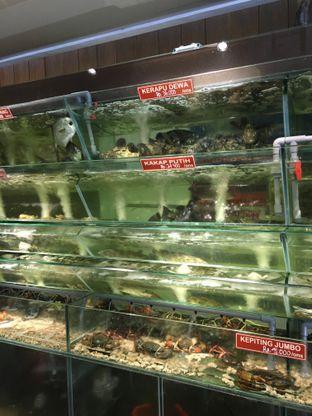 Foto 3 - Interior di Layar Seafood oleh Yuni