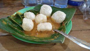 Foto 10 - Makanan(Kerupuk Kulit) di Nasi Goreng Padang Guchy Paresto oleh Review Dika & Opik (@go2dika)