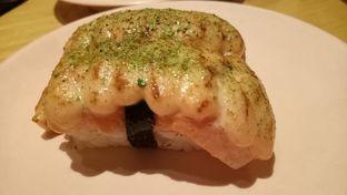 Foto 5 - Makanan(Salmon Mentai) di Sushi Tei oleh Ovina Nerisa