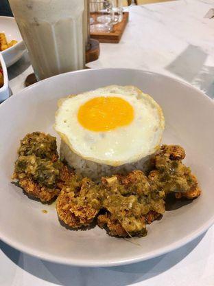 Foto 4 - Makanan di Komune Cafe oleh kdsct