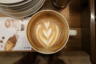 Foto 5 - Makanan di MacKenzie Coffee oleh Mola Hidratinum