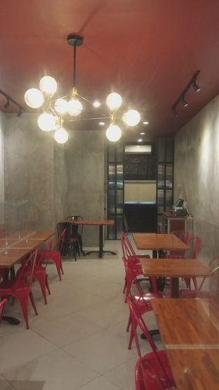 Foto 3 - Interior di Steak Hotel by Holycow! oleh Renodaneswara @caesarinodswr