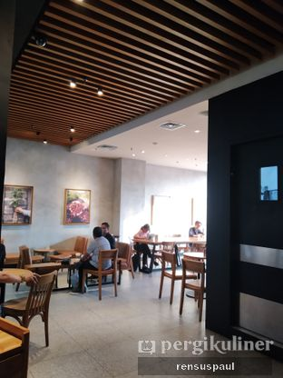 Foto 4 - Interior di Starbucks Coffee oleh Rensus Sitorus